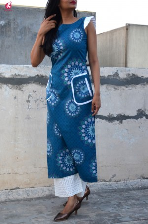 Blue Cotton Printed Straight Kurti