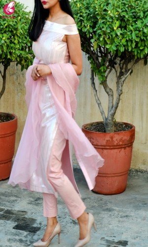 Baby Pink Metallic Padded Pure Crepe Kurti with Baby Pink Cotton Silk Pants and Baby Pink Pure Organza Ruffle Stole